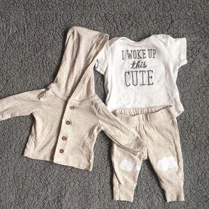 ⭐️3 Piece Carter's Newborn Set⭐️